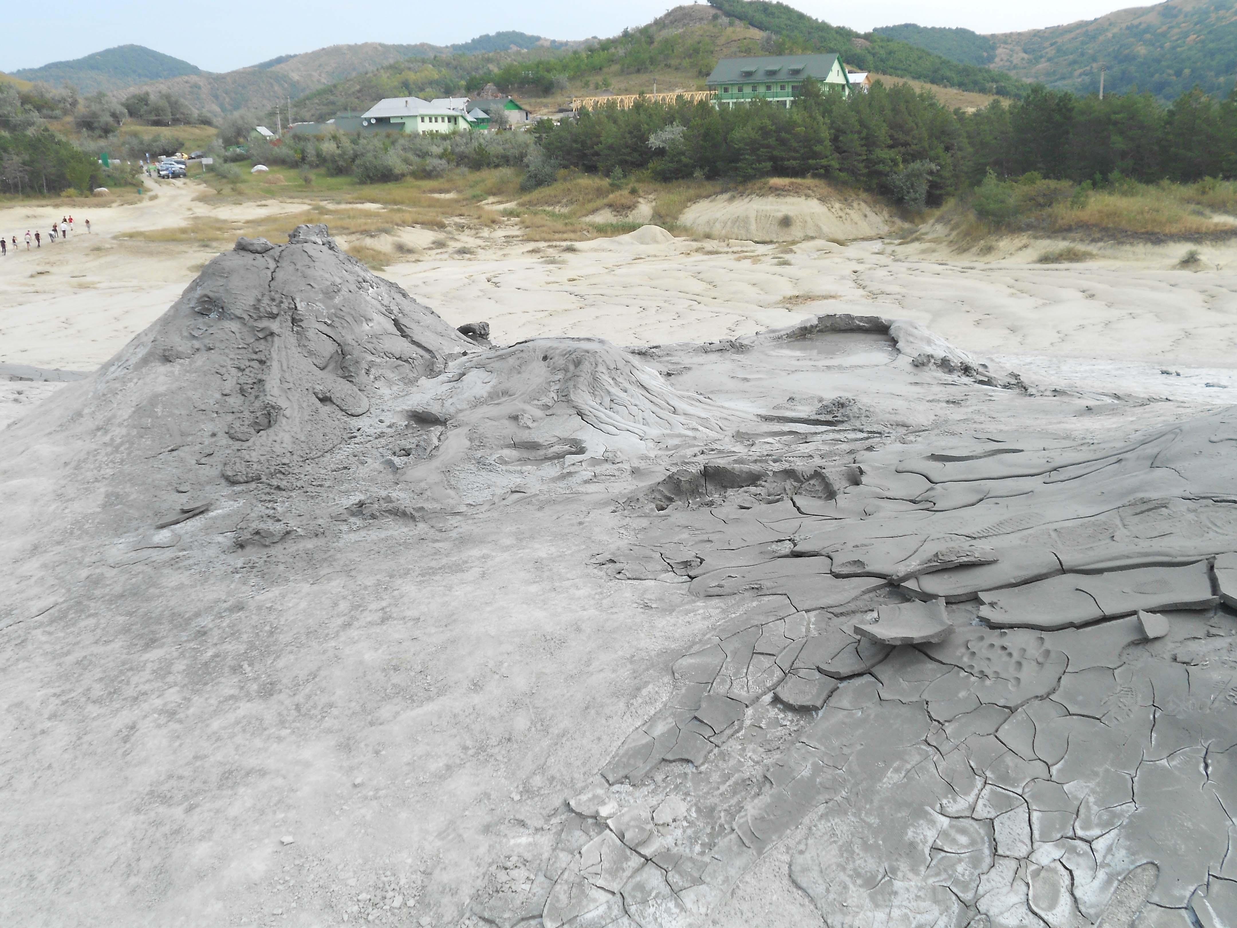 Turist în România: Vulcanii Noroioși