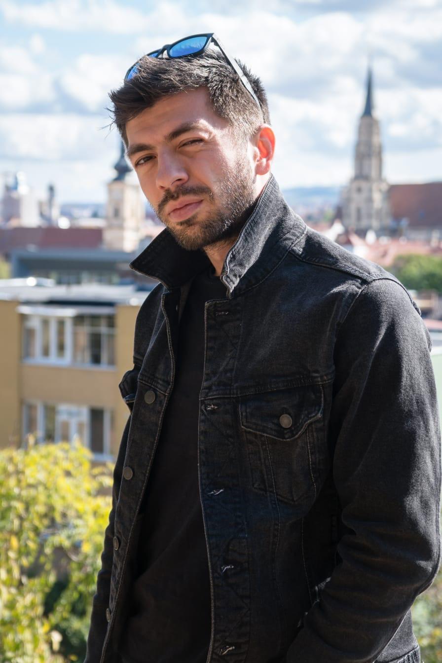 Mircea Bravo de vorbă cu Mihaela Catan